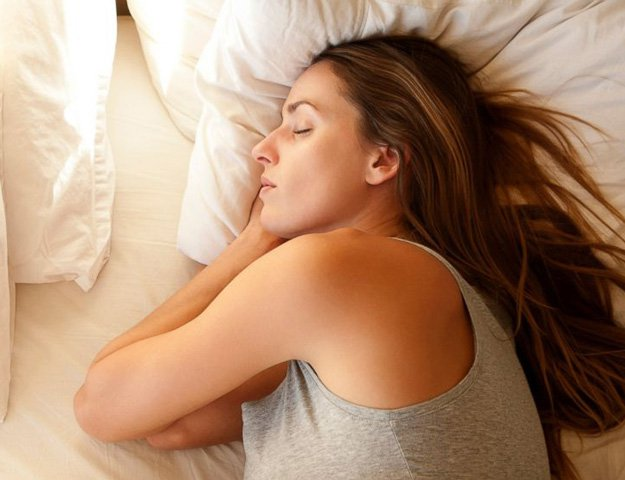 8 ways to lose weight in your sleep