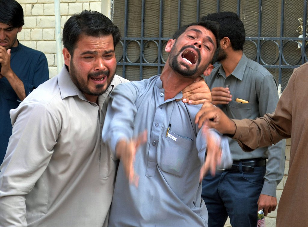 terror attack on quetta s lawyers throws city into judicial crisis