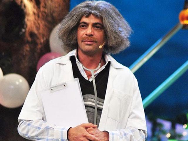sunil grover s mashoor gulati comedy clinic gets full house attendance
