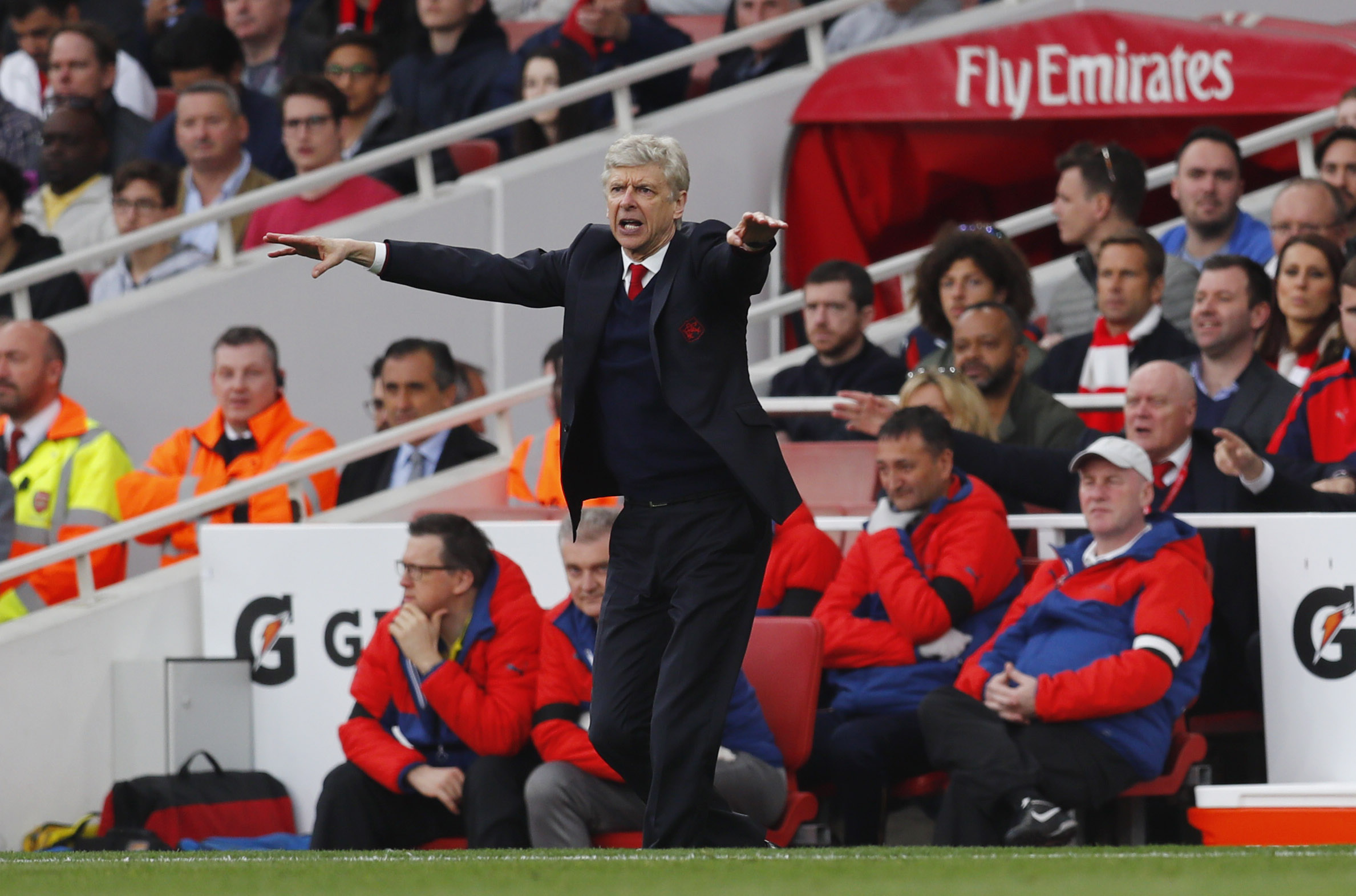 under fire wenger bilic desperate for positive result