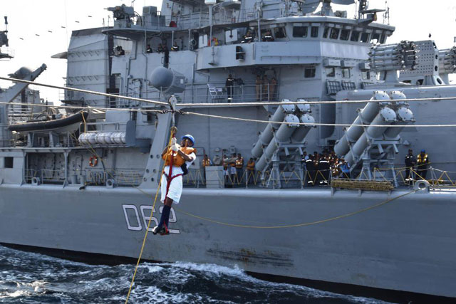 indian chinese navies thwart attack on ship by suspected somali pirates new delhi