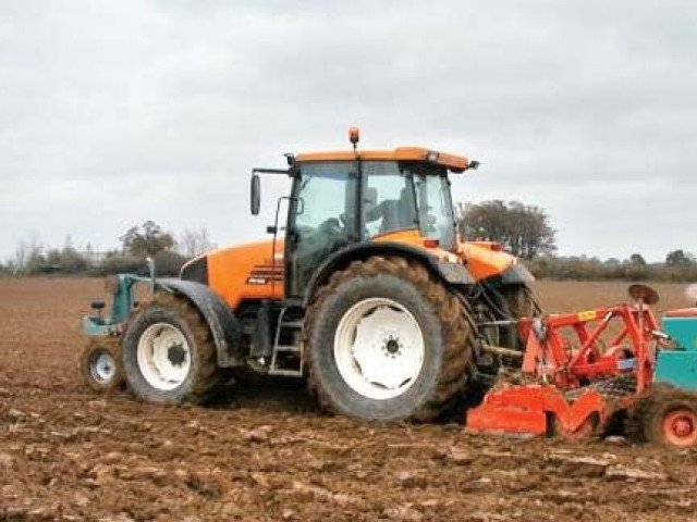 tractor manufacturers demand tax concessions