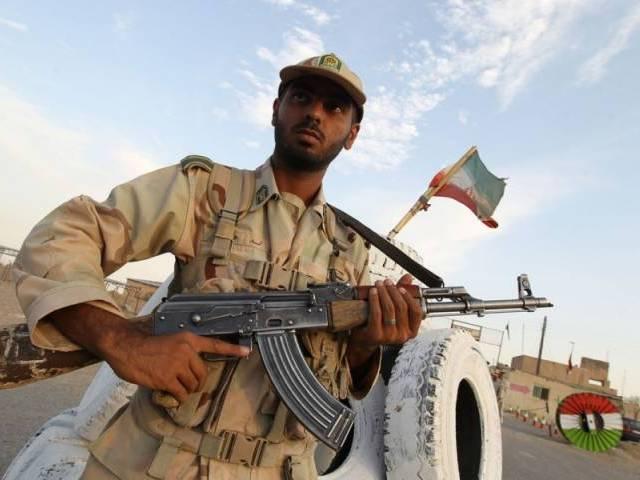eight iranian security guards killed near pakistan border