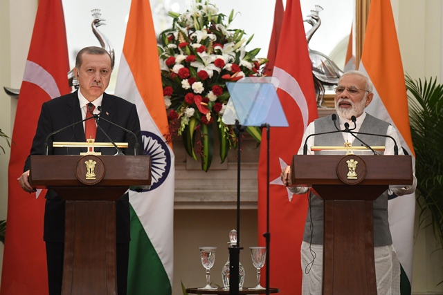 indian prime minister narendra modi and turkish president recep tayyip erdogan take part in a joint press conference during an exchange of agreements in new delhi photo afp