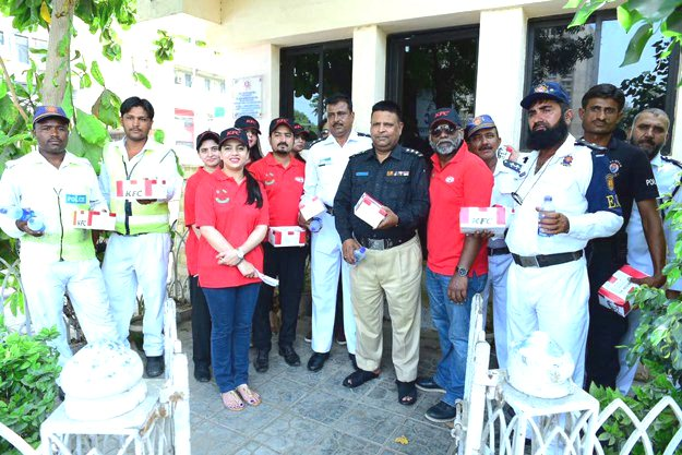 sponsored kfc pakistan s mitao bhook initiative leads by example on labour day