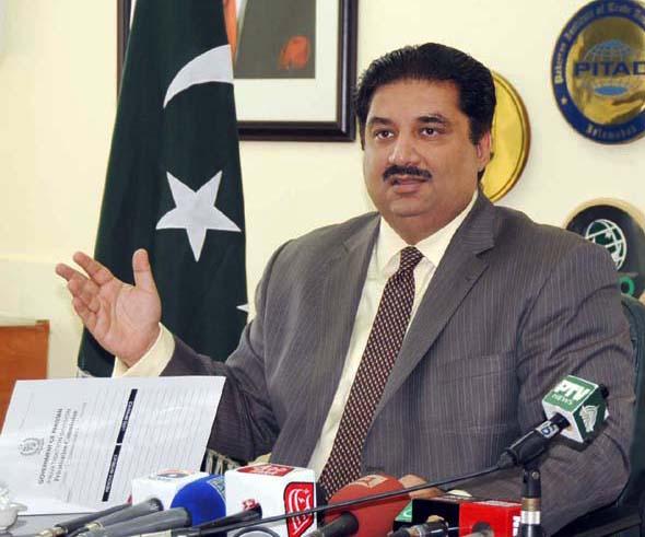 dastgir seeks parity in trade balance with qatar