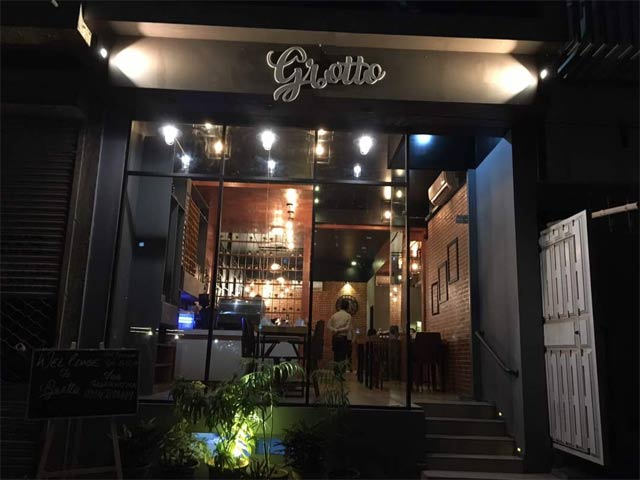 is this new karachi eatery worth a try