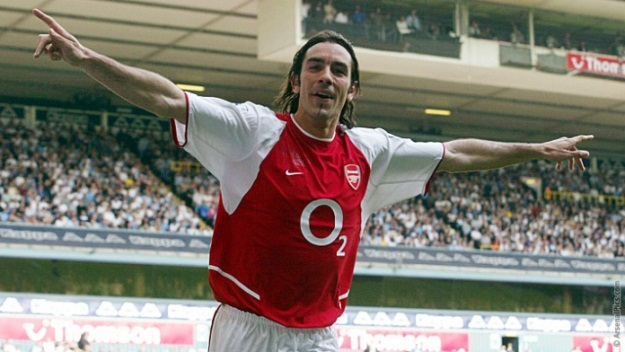 Robert Pires will be coming to Pakistan in July and join Brazilian legend Ronaldinho Gaucho in a Leisure Leagues event. PHOTO COURTESY: Arsenal