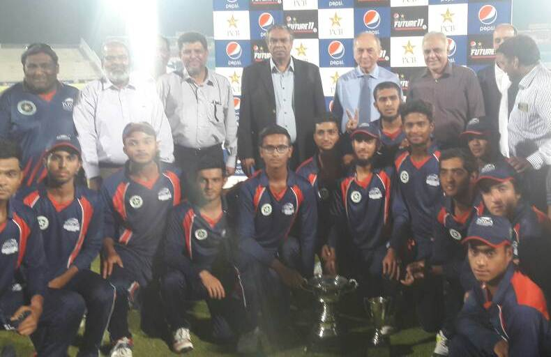 ANTI-CLIMAX: The final was surprisingly one-sided considering the fact that losing finalists Karachi Blues had impressive immensely throughout the tournament. PHOTO: KARACHI WHITES