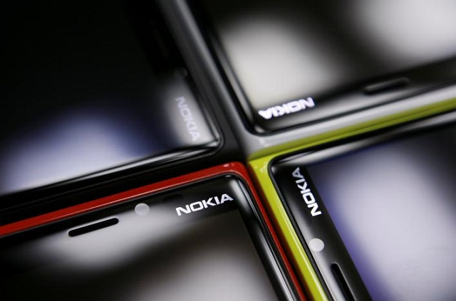 nokia lumia smartphones are pictured in a shop in warsaw january 11 2013 photo reuters