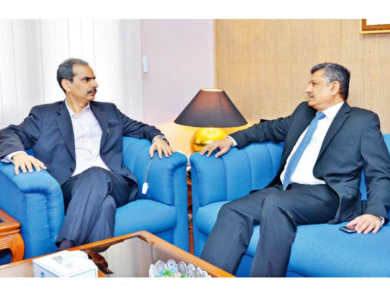 ministry of commerce secretary visits slic