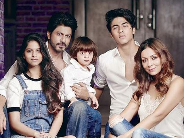 abram looks cute as a button in this new picture with suhana khan