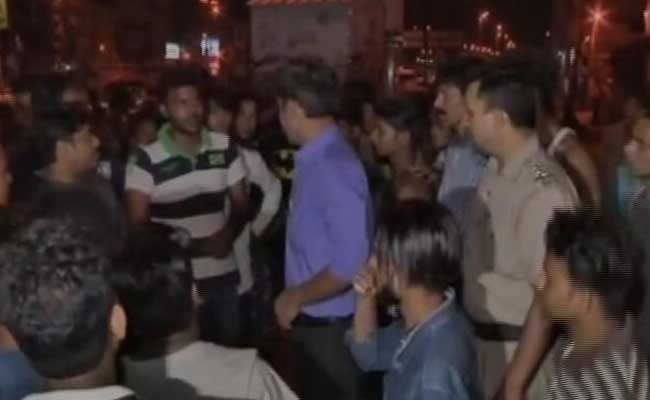 man beaten to death in new delhi for objecting to public urination