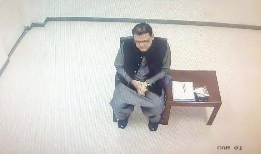 PTI's Mehmood says PML-N staged whole drama to sabotage JIT's fair investigation. SCREENGRAB