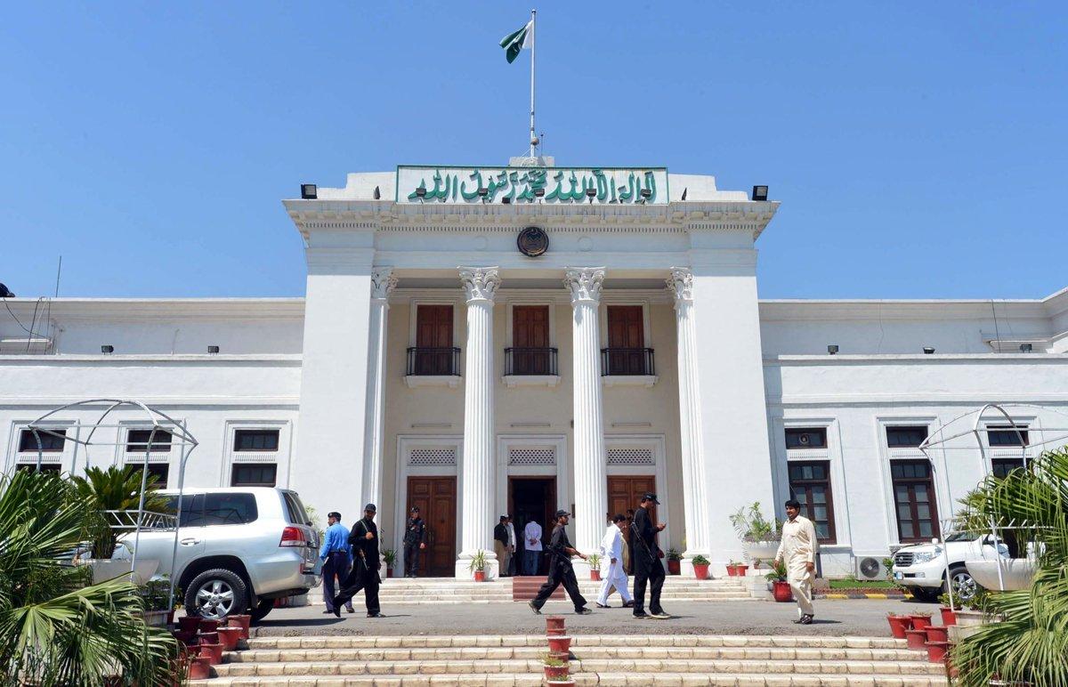 budget debate k p govt draws ire of lawmakers