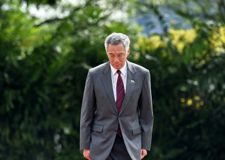 in family row siblings accuse singapore pm of abusing power