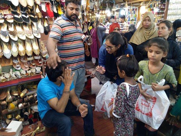 unprivileged schoolchildren taken out for eid shopping