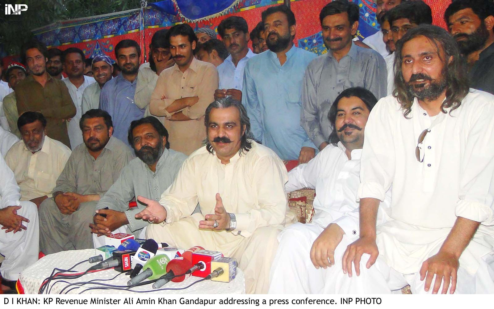 pti s gandapur to air drop gifts on eid