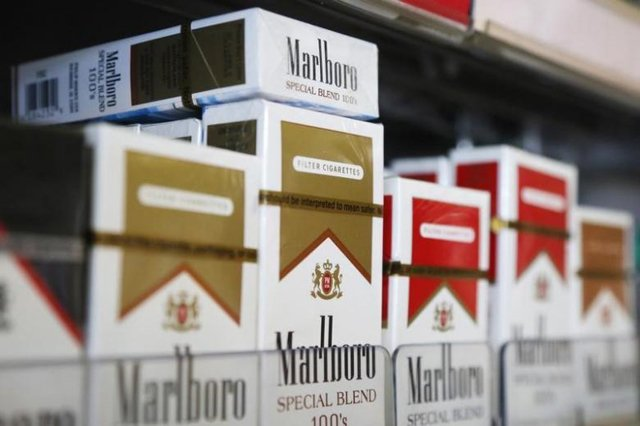 Packs of Marlboro cigarettes are displayed for sale at a convenience store in Somerville, Massachusetts PHOTO: Reuters