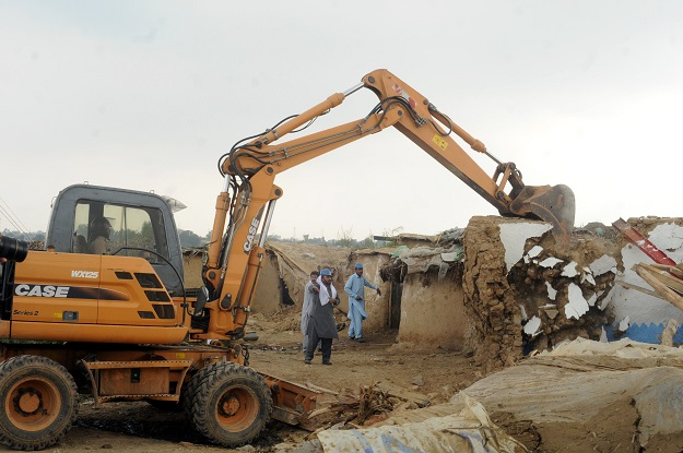 illegal structures demolished in multan