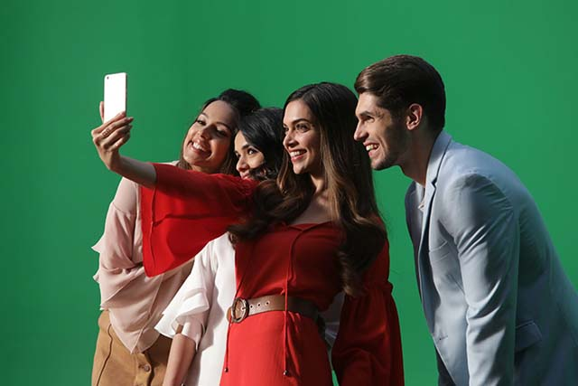deepika padukone teams up with oppo to surprise her pakistani fans