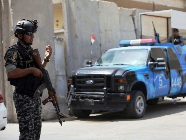 gunmen kill seven relatives of iraqi policeman