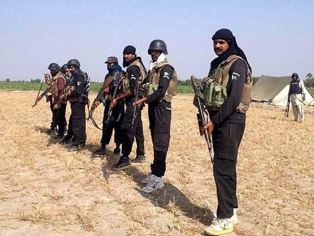 rajanpur s attaullah pat gang kidnaps seven elite force cops