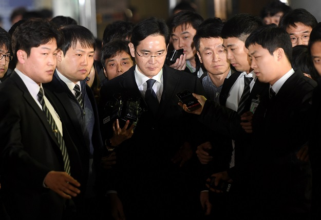 verdict for samsung heir weighs on telecom giant