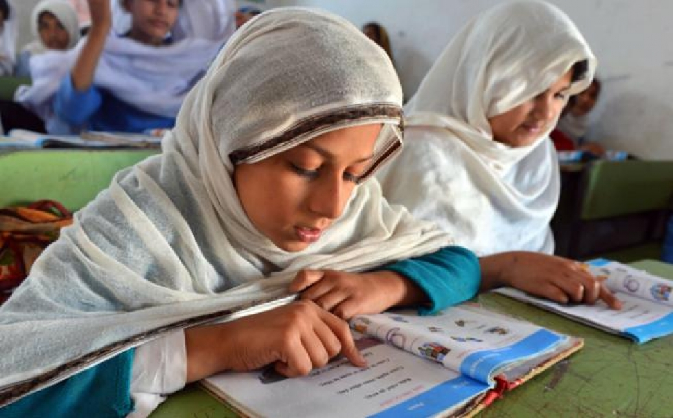 stipend for female students in k p raised to rs500