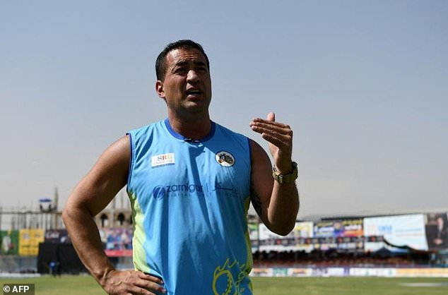 bomb affected hollioake would return to kabul