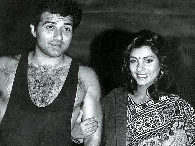 couple alert sunny deol and dimple kapadia spotted holding hands in london