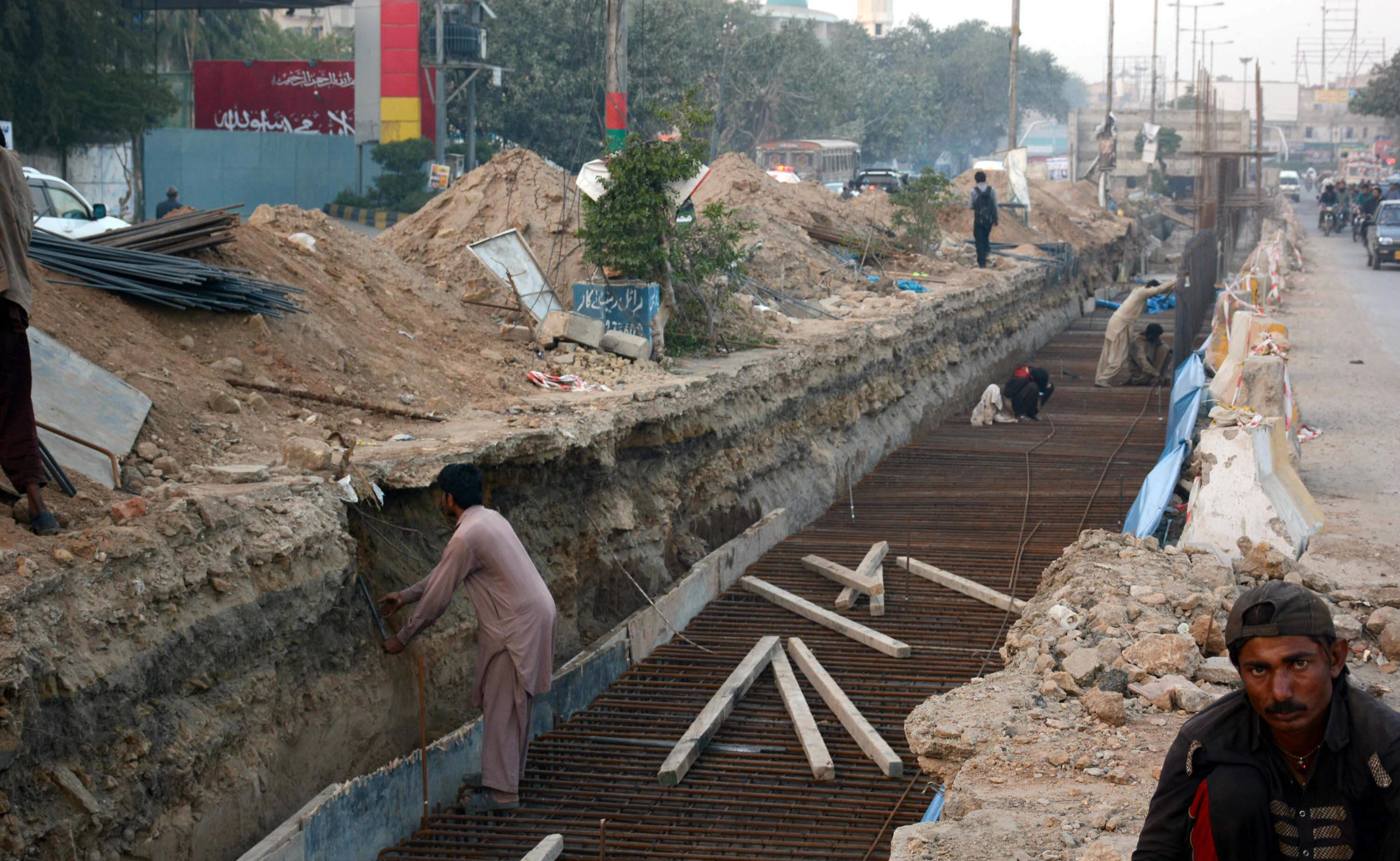 Development work for Green Line Bus Rapid Transit project being done on MA Jinnah Road in Karachi. Photo: File