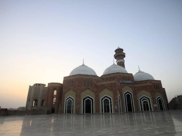 baba farid uddin ganj shakar 039 s shrine photo express