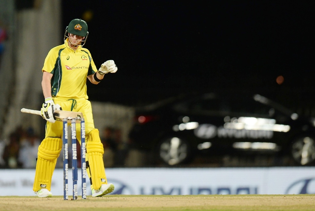 smith leaves india tour over shoulder injury