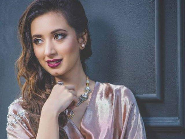 actor komal aziz breaks silence against her feudal landlord