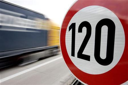 man in karachi told to stand at traffic signal for 2 hours a week with speed kills placard