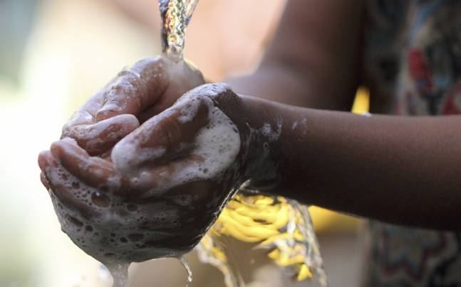 washing hands photo afp