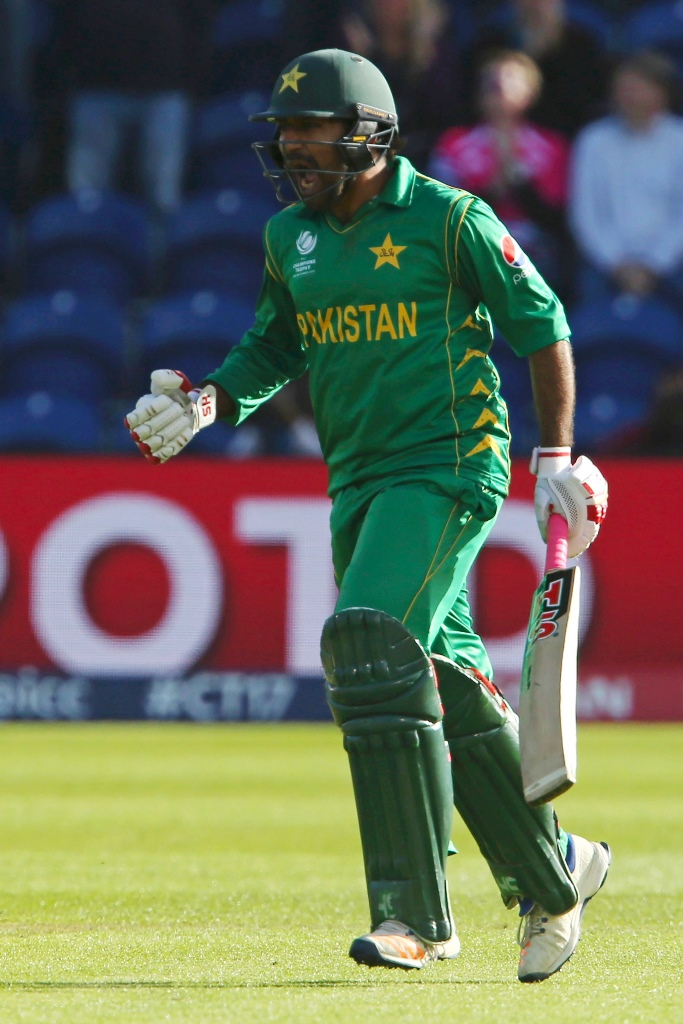 pcb informs icc about bookie approach to sarfraz