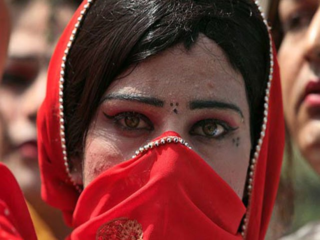 peshawar forensic dept apologises for refusing to keep transgender s body in morgue