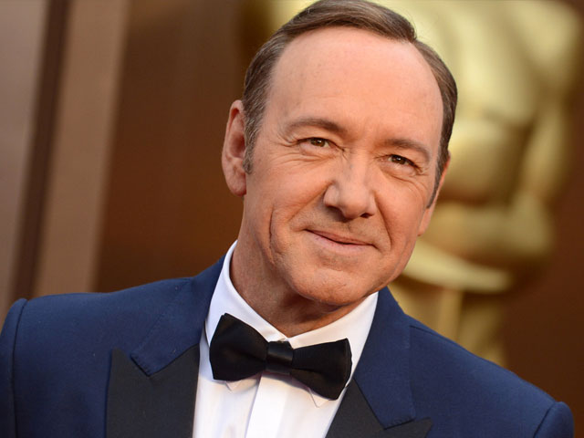 why kevin spacey exposing his sexuality at this point is problematic