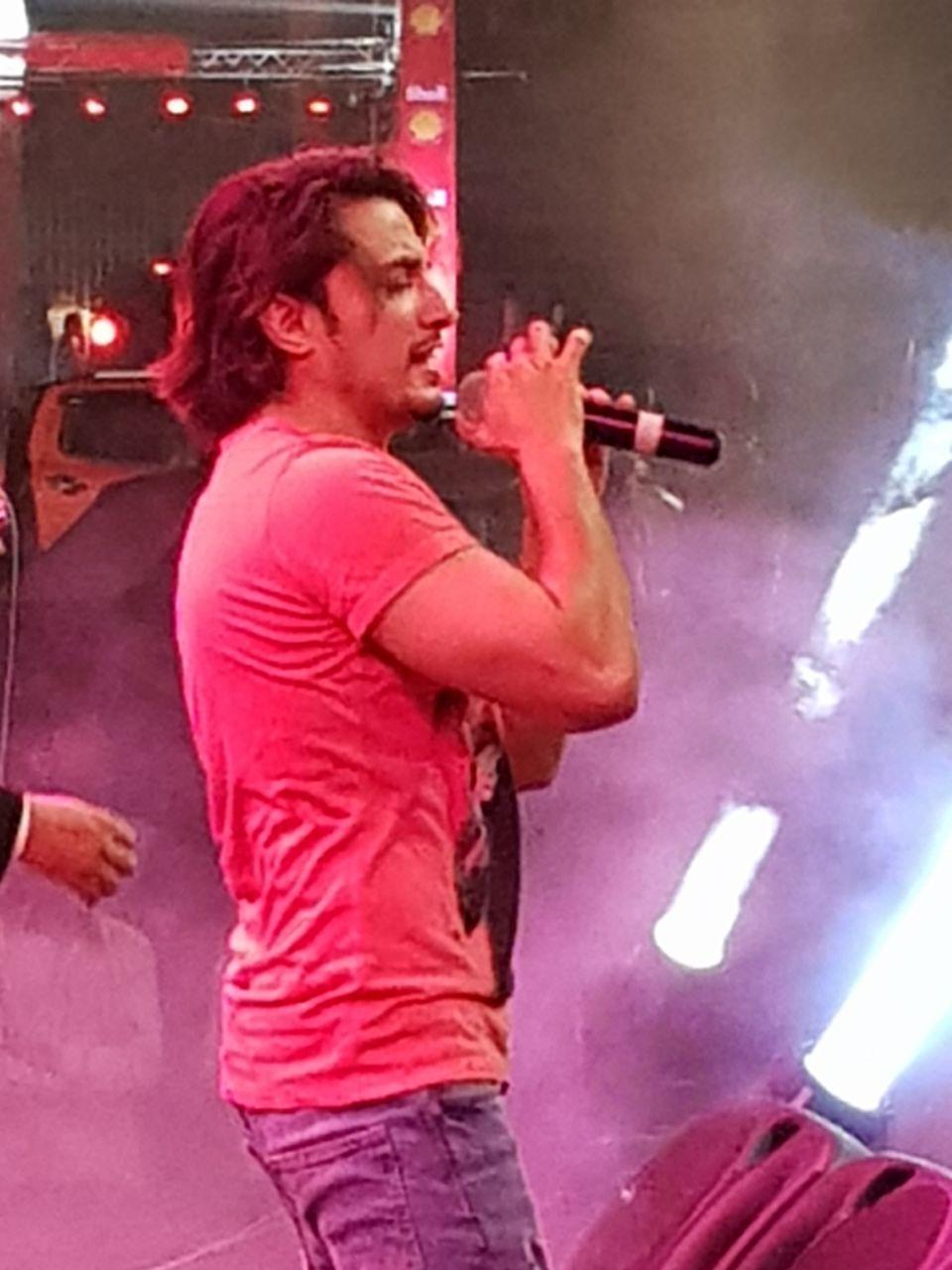 ali zafar rocks at first ever concert in gwadar