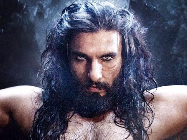 ranveer singh s latest picture sparks controversy over religion