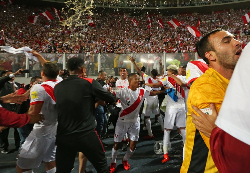 peru down new zealand to complete world cup 2018 lineup
