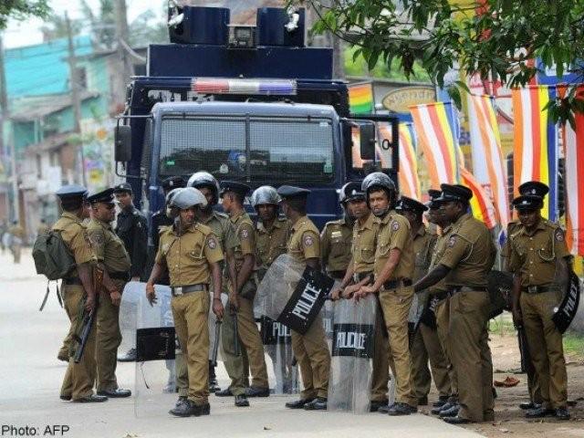sri lanka cancels police leave after gang violence
