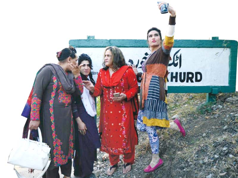 transgenders take train tour in k p