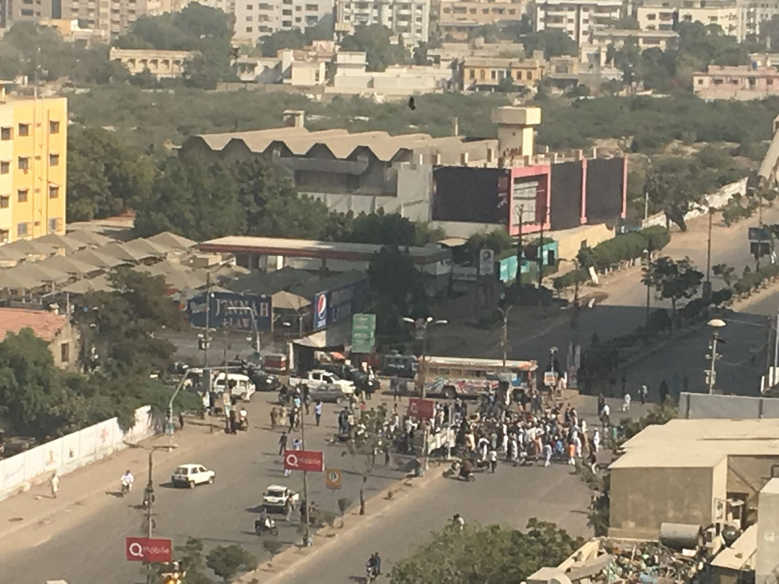 protests break out across the country after faizabad crackdown