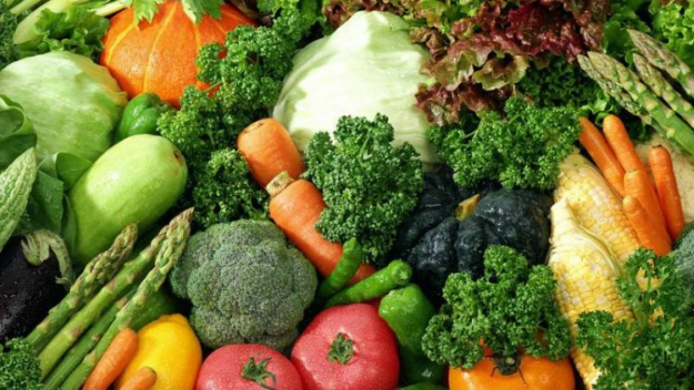 6 anti ageing foods that may add years to your life