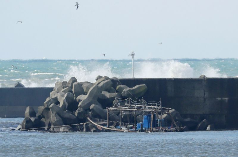 The badly decomposed remains of ten people have been found on Japan's coast across the sea from North Korea,PHOTO:AFP