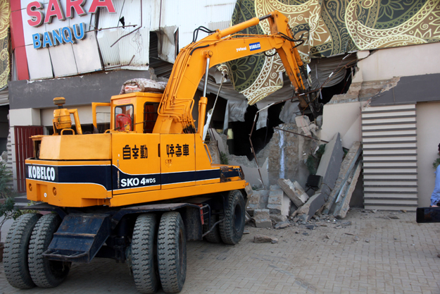 operation started against encroachments on amenity plots