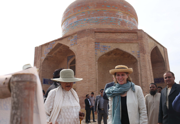 us funded makli tomb preservation project completed